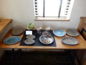 SEROW coffee 信楽焼の食器 藤原順さんの作品です