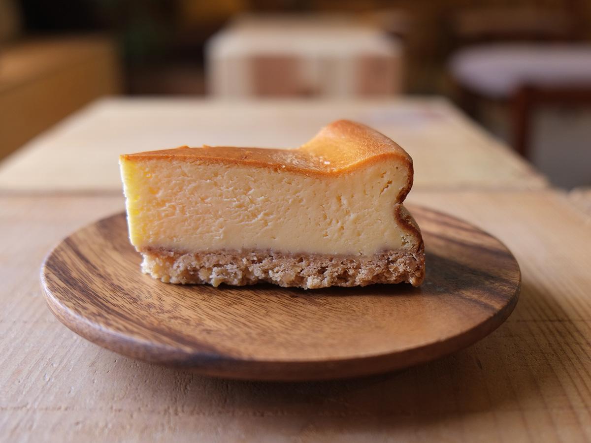 エジソン休憩所 チーズケーキ