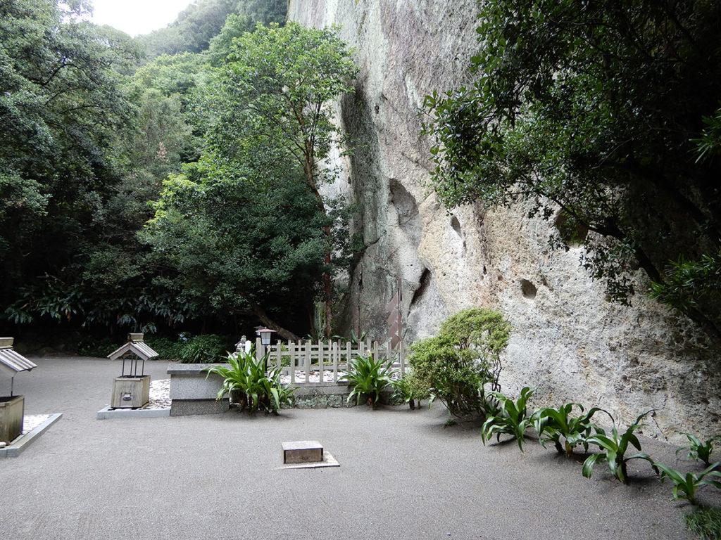 三重県熊野市 花の窟