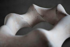 四日市のギャラリー侶居 沓沢 佐知子作品展 「MOEBIUS STRIP 表裏一体」 素材 陶 2017年